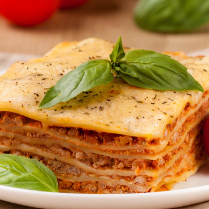 Լազանյա՝ իտալական ջեռեփուկ պաստայով, մսով և բանջարեղենով