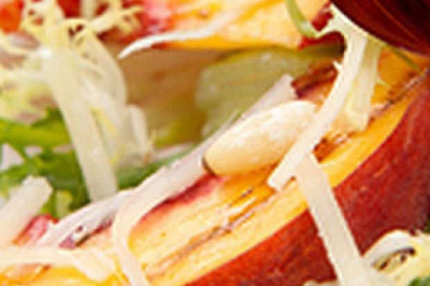 Повече за салатите: зеленчуковите миксове днес