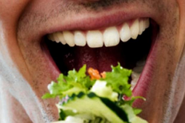 Диета за мъже с богатите на витамини броколи, спанак, аспержи и карфиол