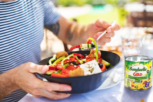 Опитайте консервирания Средиземноморски микс и разберете защо средиземноморската диета е толкова известна!