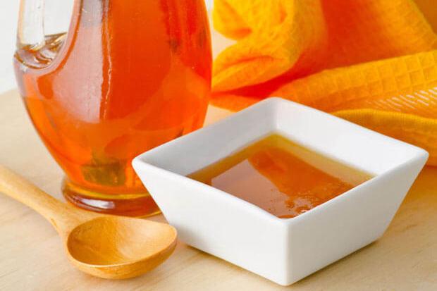 Tu ce îndulcitor natural alegi? Află care e diferența dintre agave, stevie și miere