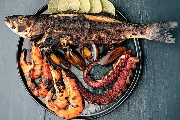 Află câte calorii conțin carnea de peşte şi fructele de mare