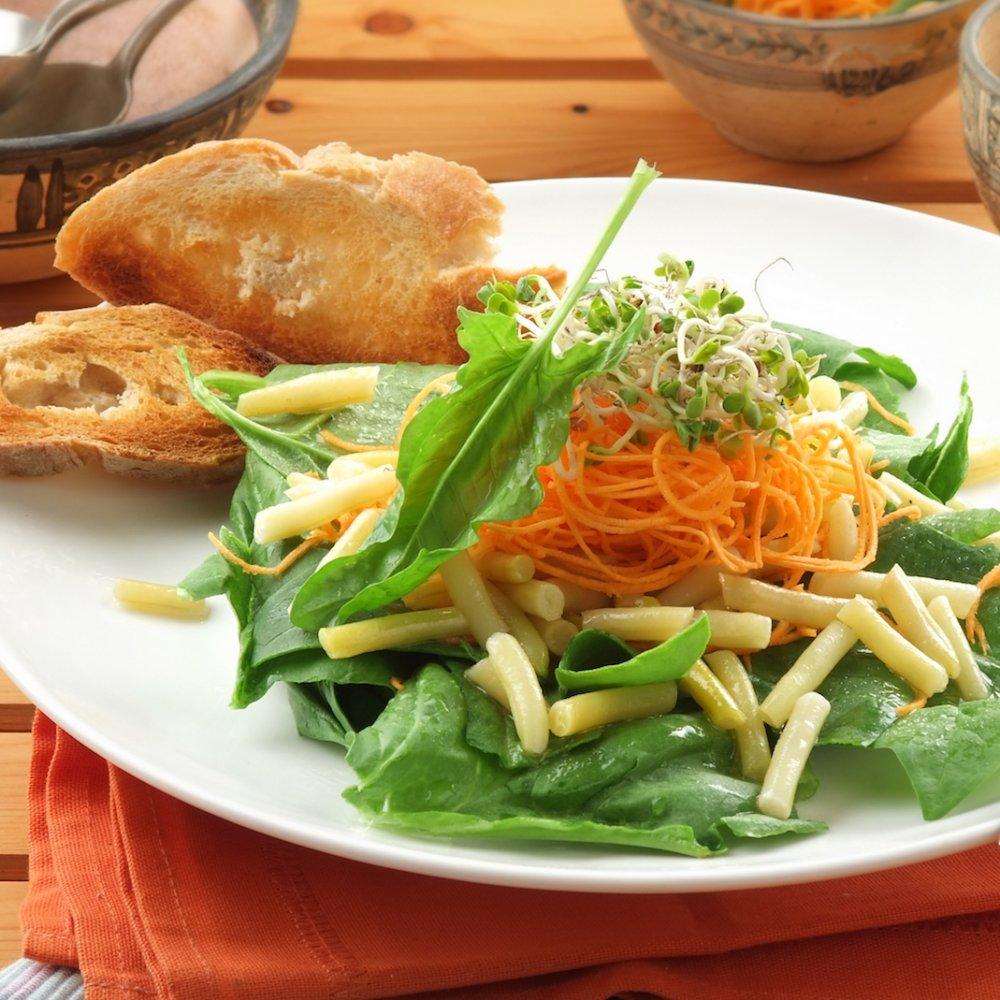 Salată ușoară cu fasole galbenă