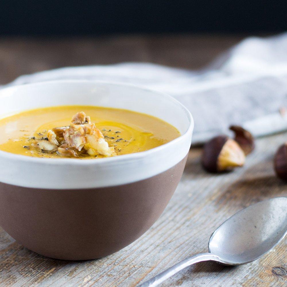 Supă cremă de dovleac cu castane coapte și ciuperci de Paris