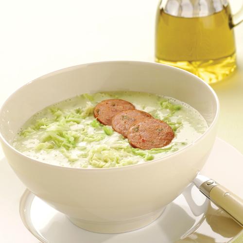 Caldo Verde - supă portugheză cu varză și legume