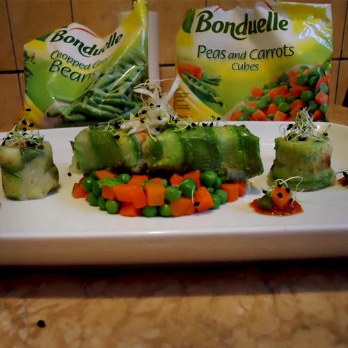 Cartofi cu fasole verde, mazăre dulce și morcovi