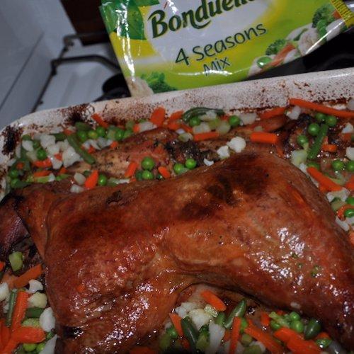 Curcan cu legume, bere și portocale la cuptor