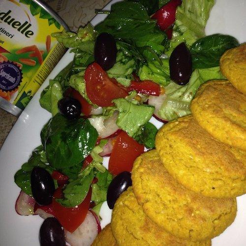 Pârjoale de năut și morcovi