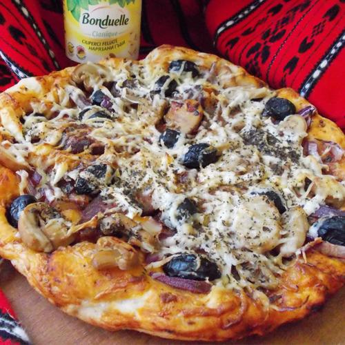 Pizza tradițională (de casă)