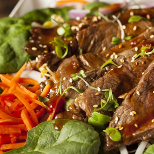 Salată vietnameză cu carne de vită