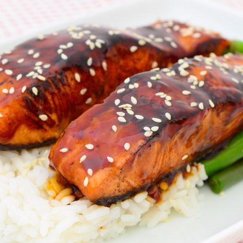 Somon teriyaki cu fasole verde și orez