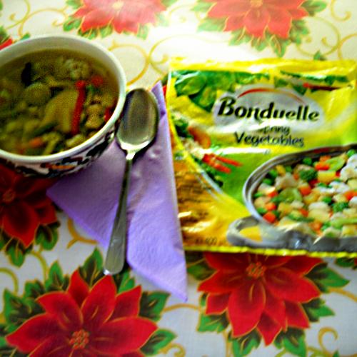 Supă de legume și piept de pui