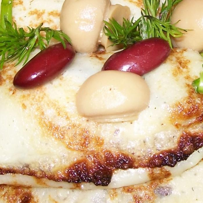 Мясные блинчики с красной фасолью
