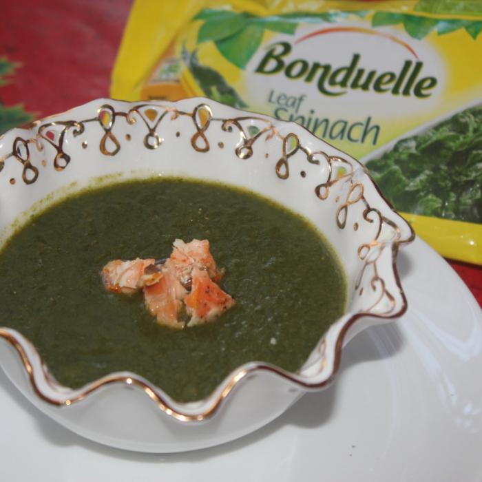 Шпинатный крем-суп с лососем