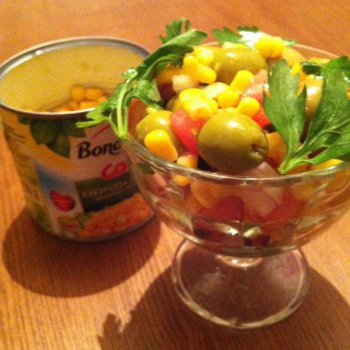 Острый салат с кукурузой