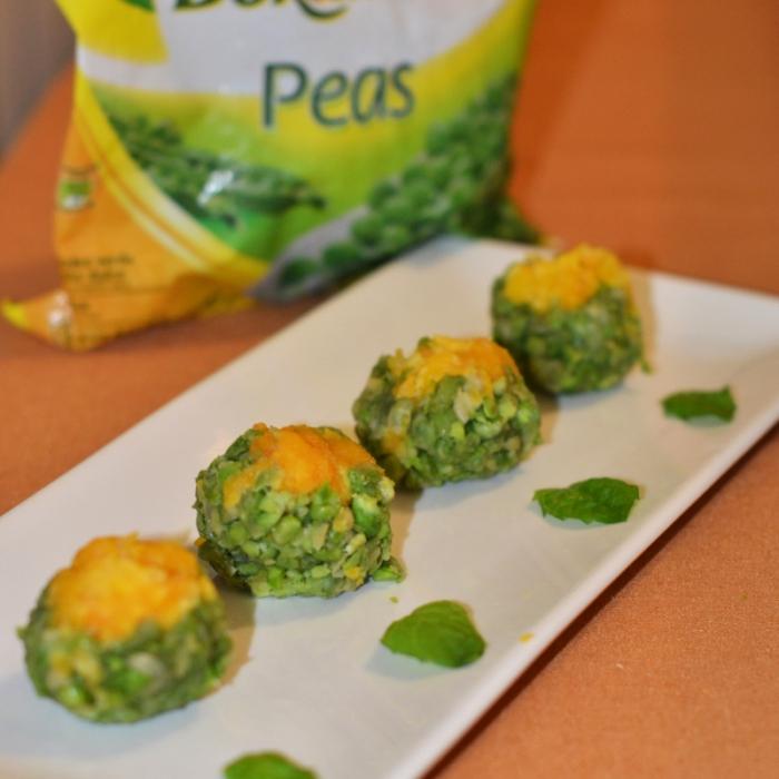 Десерт с зеленым горошком и желтком