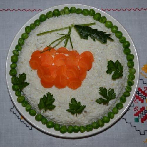 "Салат ""Горобина на снігу"""
