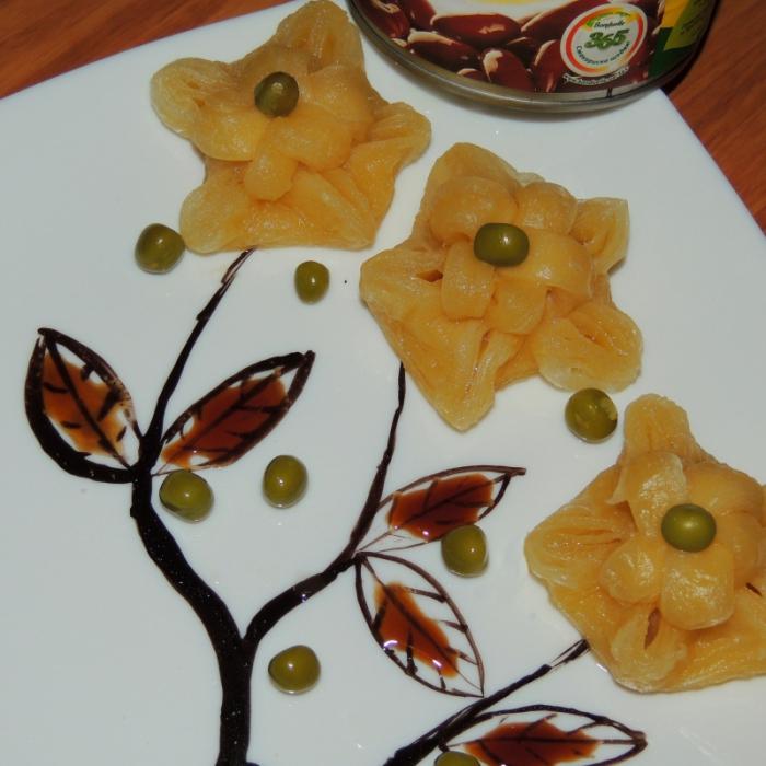 Квіти з листкового тіста